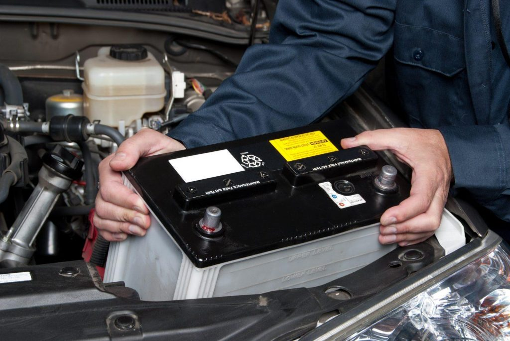 How to Know If Your Car Needs a New Battery